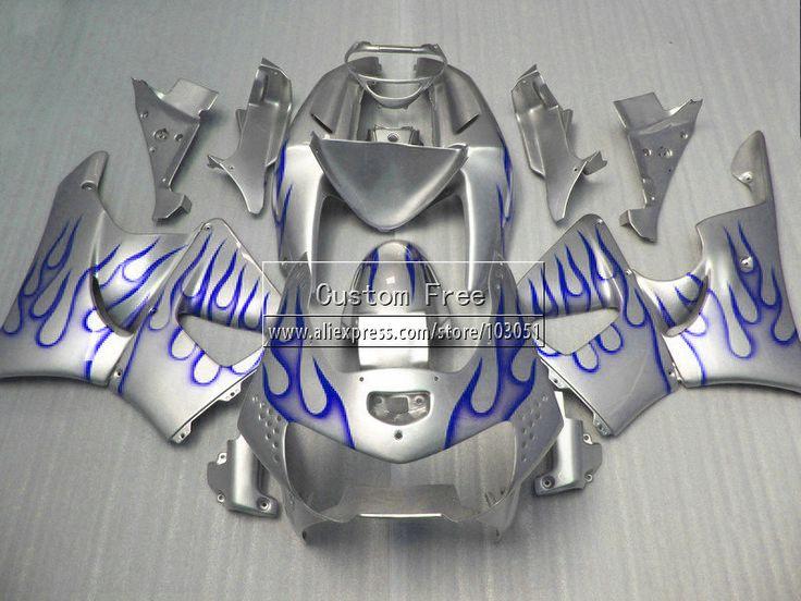 Дешевое 7 подарки обтекатели для 1998 1999 Honda мотоцикл части CBR900RR 919 CBR 900 RR 98 99 цб рф 900RR синим пламенем в серебряный обтекателя комплекты, Купить Качество Щитки и художественная формовка непосредственно из китайских фирмах-поставщиках:                         Высокое качество ABS полный комплект обтекателя и 7 подарки
