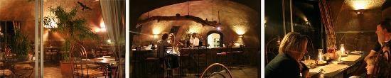 Rostock Ritz Desert Lodge: The Restaurant at Night