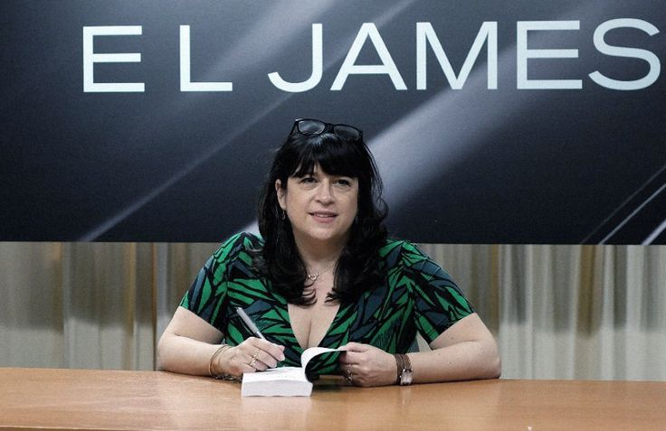 EL James at the Grey book signing in Barnes & Noble, NY - 18 June 2015