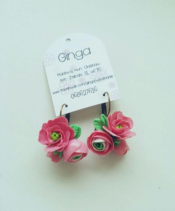 Polymer clay flowers. Handmade earrings.