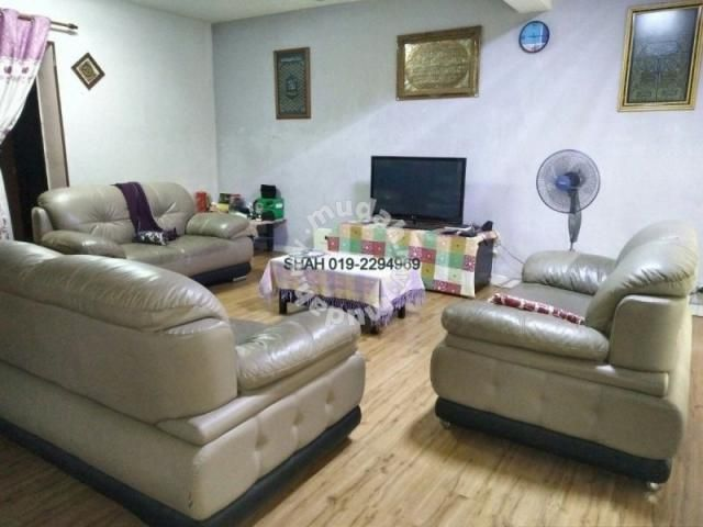 2 sty Terrace, Sek 8, Bandar Baru Bangi - Houses for sale in Bangi, Selangor