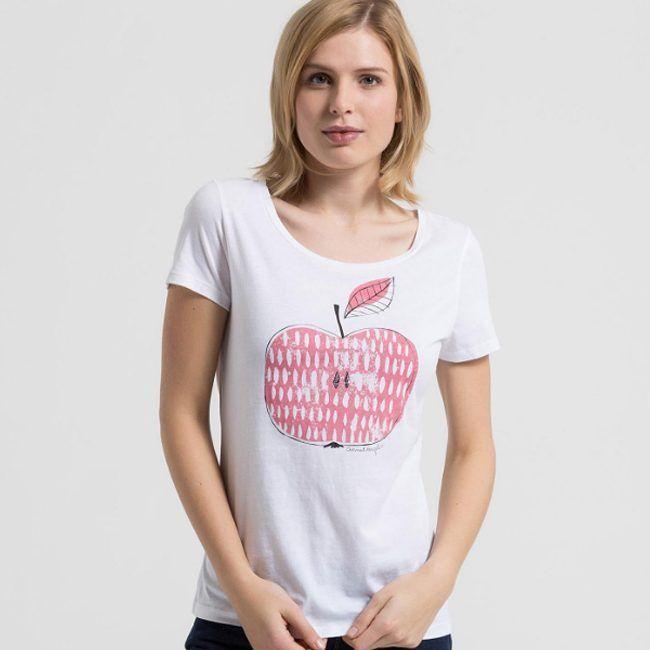 Ярко-розовое жизнелюбивое яблоко задора никого не оставляет равнодушным. Загляните к нам в JiST, порадуйте себя оригинальными и яркими футболками Armedangels. Тем более, что сейчас на многие из них есть скидки до 50%. #fashion #outfitidea: #stylish & #trendy #Armedangels #tshirt help to create #chic #summer #outfit #мода #стиль #тренды #джинсы #футболка #модно #стильно #киев #распродажа #скидка #лето