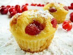 Muffiny serowe z czereśniami