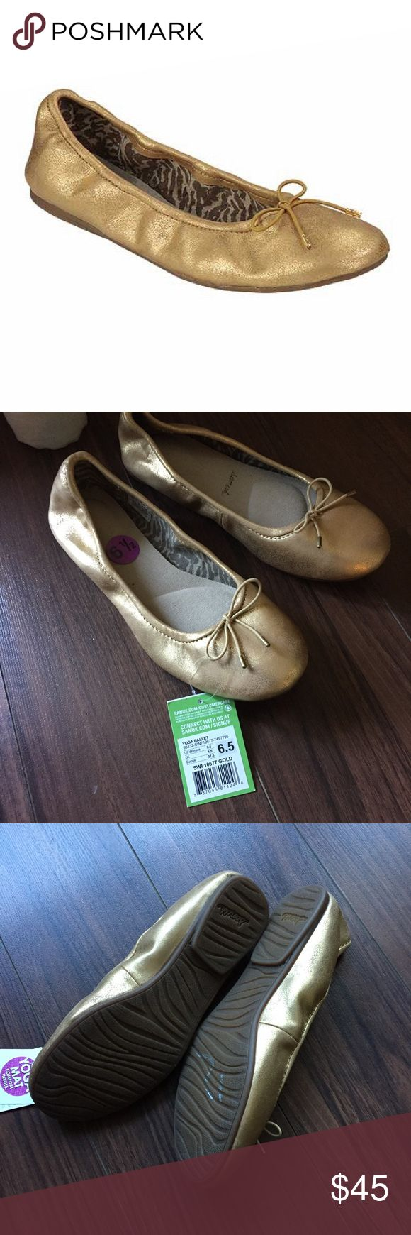 Gold Ballet Flats The Sanuk Ballet Shoe is the ultimate in relaxed comfort. This classic flat has all of the elements of your favorite ballet shoe paired with Sanuk's new yoga pod footbed to give you support and comfort while you walk. A soft, printed canvas lining and ballet wood floor outsole add charm while the metallic colors give them a touch of glam. Fun, metallic colors Yoga pod footbed Wood ballet floor outsole 100% Synthetic Sanuk Shoes Flats & Loafers