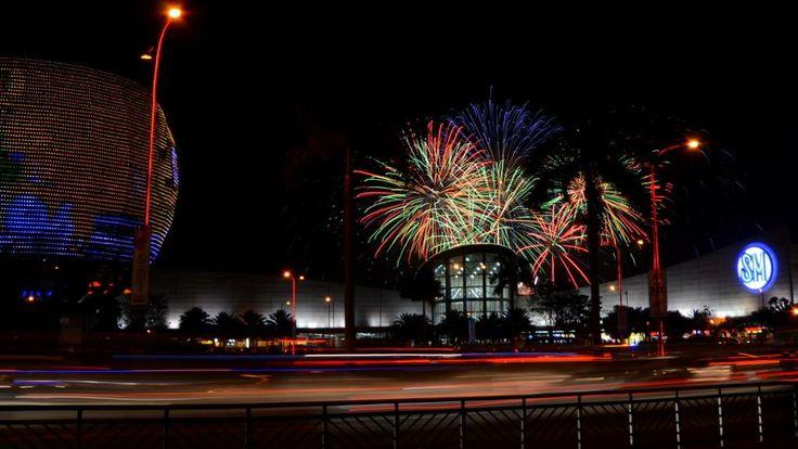 Pyromusical display at SM Mall of Asia. Meters from Sea Residences. photo credit: Mr. Robert Gan