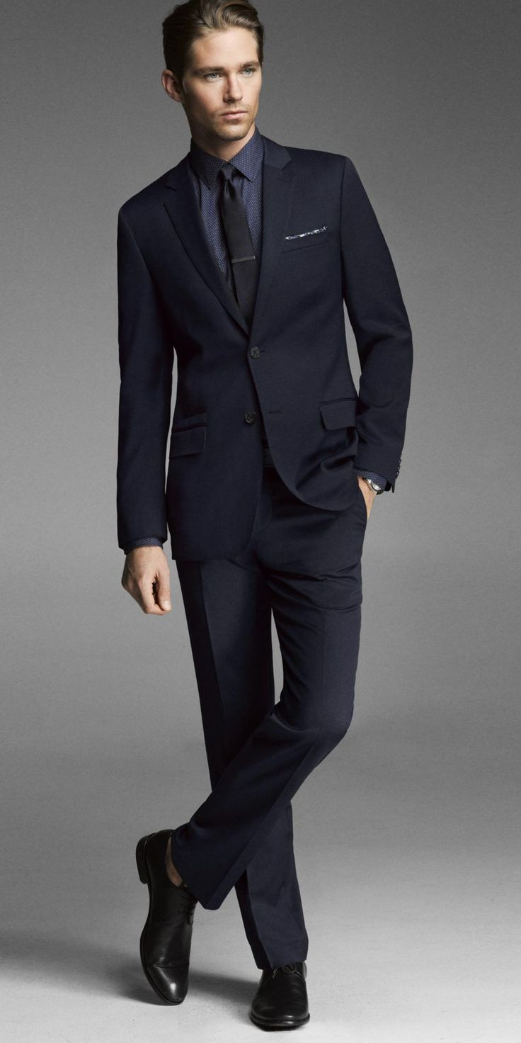 Express suits : Ma ys