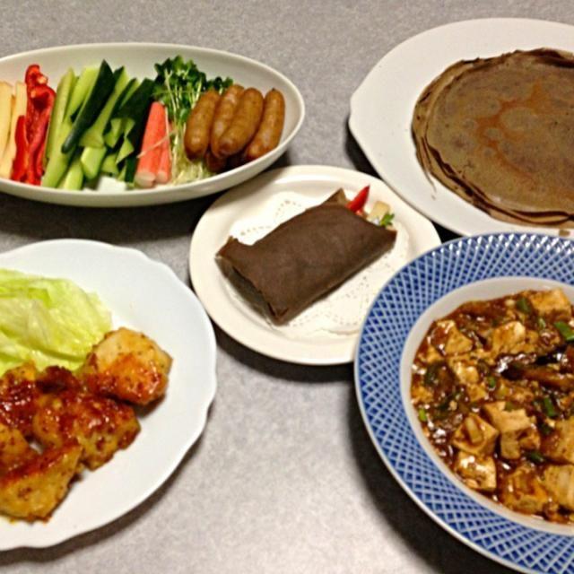 ガレット(ソバ粉のクレープ) 野菜やウインナ、チーズなどの具材。 麻婆豆腐(ナス入り) ハニーマスタードチキンです。 - 3件のもぐもぐ - 好きなものを巻いて食べる ガレット by orieueki