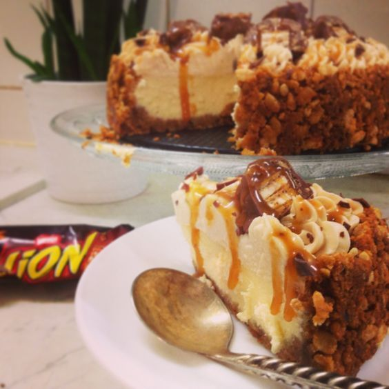 Attention tuerie!!! Voulez-vous rugir de plaisir .... Alors le cheesecake LION est fait pour vous... Voila ma nouvelle création..... Creation Wilfridelice Alors arrêtez de baver.... je vous donne ma recette étapes par étapes les amis(e) *ingrédients:...