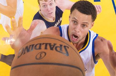 NBA Playoffs take drastic betting lean to Under in Games 3 and 6 - 04-23-2015