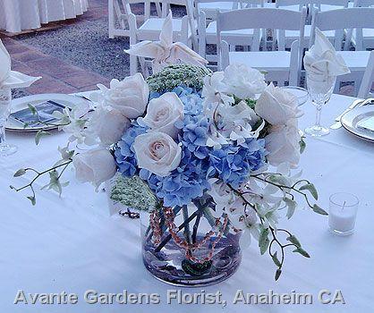 best 25 blue flower arrangements ideas on pinterest blue wedding arrangements blue wedding. Black Bedroom Furniture Sets. Home Design Ideas