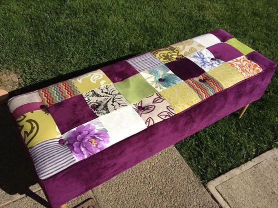 Banqueta patchwork realizada en tonos alegres para dar vida a cualquier ambiente. Tú elijes la tonalidad adecuada al estilo de tu casa