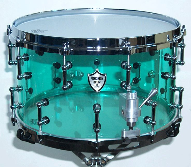 Aka 1970's but with an awesome new throw.  Love the mint green acrylic!