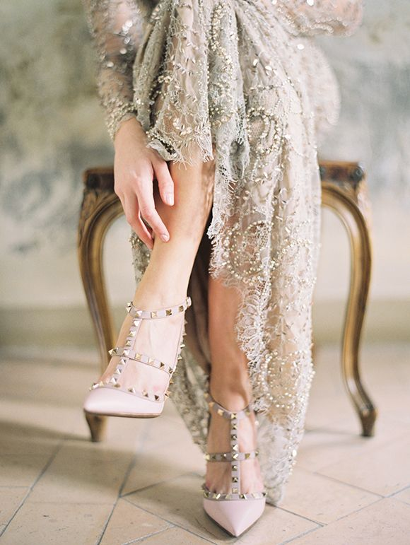 Valentina pumps + gold Marchesa gown