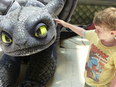 Meet Toothless & DreamWorks characters at Sands Cotai Strip Macau. How to train your dragon. Family travel- Macau with kids    http://www.thewanderingmum.com/macau---cotai-strip-with-kids/macau-cotai-central-strip-with-kids  DreamWorks Experience