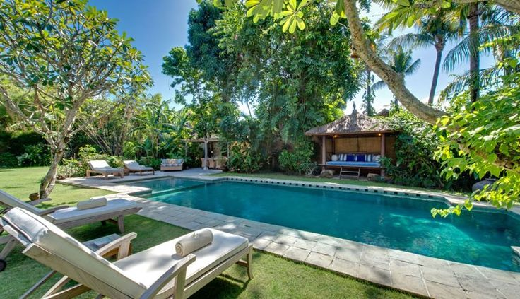 Villa Orchard House pool view