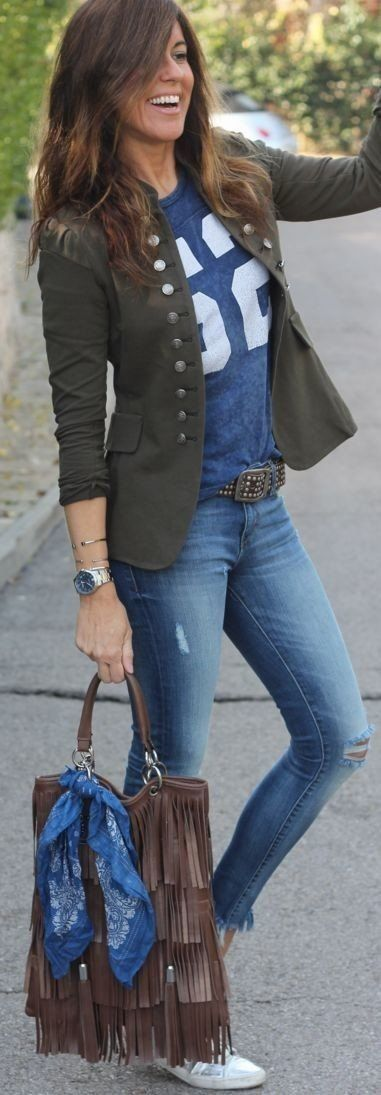 summer outfits Army Jacket + Navy Printed Tee
