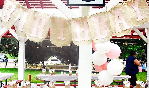 Burlap Birthday banner: Ponies Birthday, Birthday Banners, Birthday Parties, 1St Bday, Ponies Parties, Vintage Signs, 1St Birthday, Vintage Ponies, Birthday Ideas