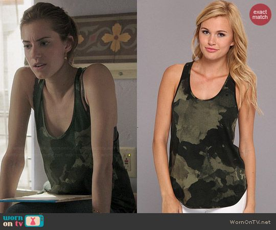 Marnie's camo tank top on Girls.  Outfit Details: http://wornontv.net/45437/ #Girls