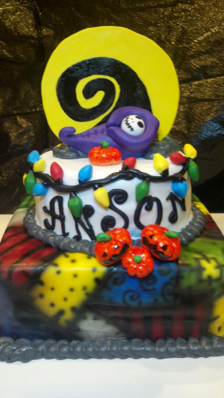 Nightmare before christmas baby shower- completely unrelated but freakin' awesome