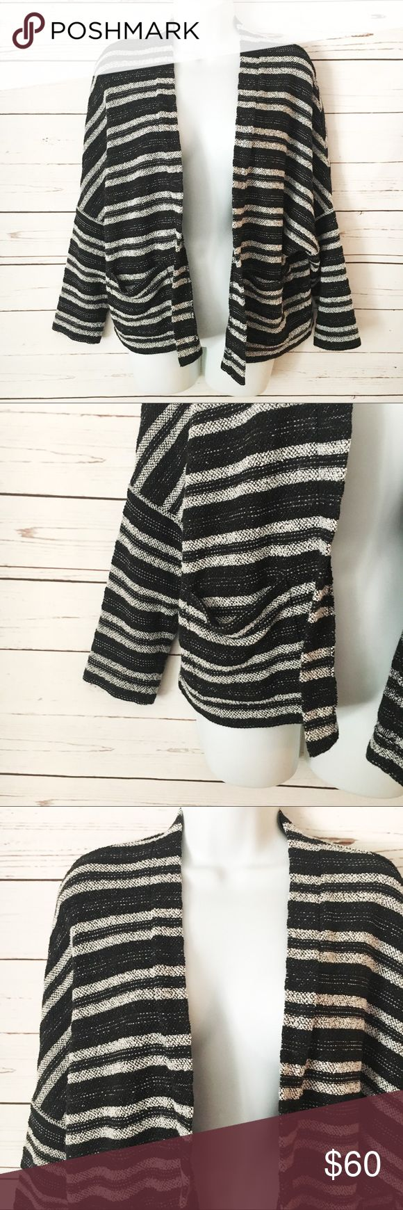 Madewell Striped Cardigan EUC Cardigan. Two pockets, open concept. Fits up to a M (tag size XS/S). Black and white stripe pattern. Medium weight - would definitely keep you warm. A perfect layering piece! Madewell Sweaters Cardigans