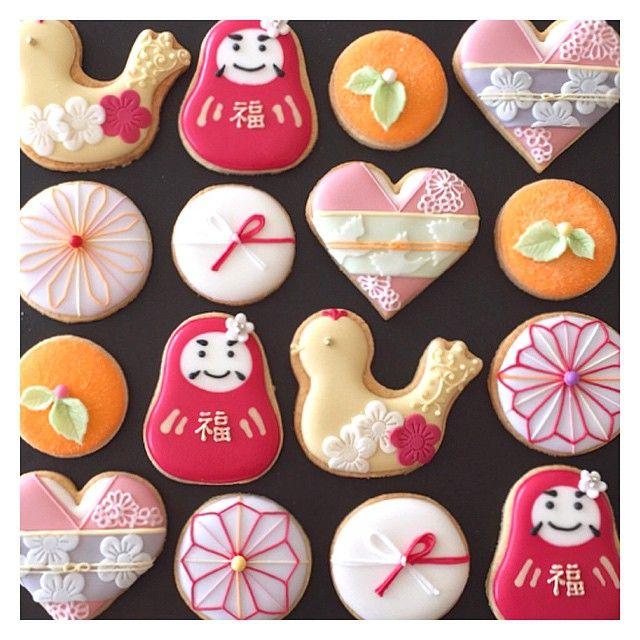 Oranges, daruma, kimono 11月の青山教室は、和をイメージしたクッキー♪ ご参加の皆様 有難うございました。 #icingcookies #decoratedcookies #sugarcookies #cookies #royalicing #customcookies #japanese #アイシングクッキー #クッキー