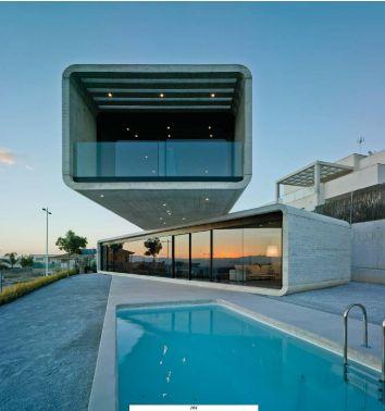 Casa Cruzada by Clavel Arquitectos