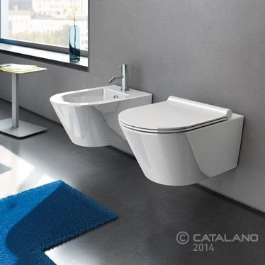 Colección de sanitarios Zero de @catalanocer Zero se compone de quince lavabos, dos parejas de inodoros suspendidos, un inodoro suspendido de dimensiones contenidas, una pareja de inodoro y bide a suelo y un inodoro de tanque bajo. Los modelos más emblemáticos están disponibles también en acabado negro. De venta en Sánchez Plá Paterna, Valencia. http://www.sanchezpla.es/sanitarios-zero-catalano-inodoro-bide-lavabo/