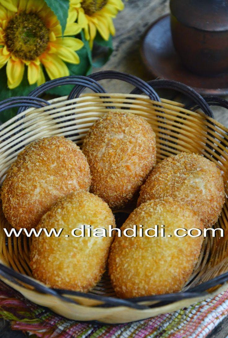 Diah Didi's Kitchen: Roti Goreng Isi Ayam