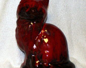 Blue Mountain Pottery chat en rouge brun et Tan médium BMP féline chaton Figurine d'oreille