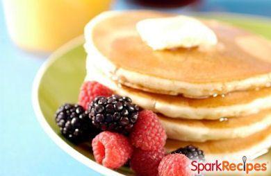100 Calorie Cinnamon Pancakes! via @SparkPeople