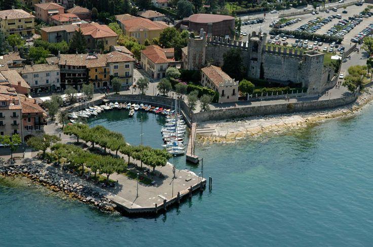 Torri del Benaco, Garda Lake, Italy (Lago di Garda, Italia)