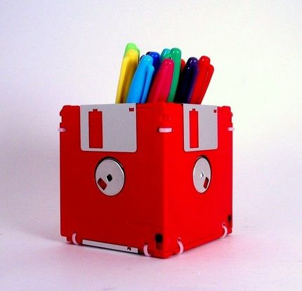 Diskette (remember those?) crafts