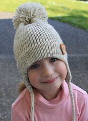 Ravelry: Free Pattern for child's earflap hat on the midgauge pattern by Mar Heck