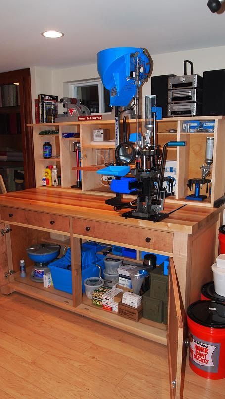 Ideas for ultimate work/reloading bench