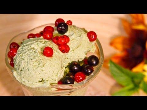 Inghetata racoroasa raw vegana din menta si frisca de caju - Ligia's Kitchen - YouTube