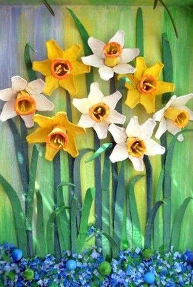 DIY Egg Carton Daffodil Flower