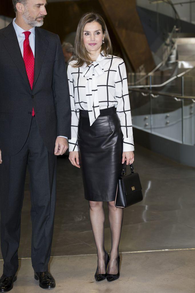König Felipe und Prinzessin Letizia im Lederrock