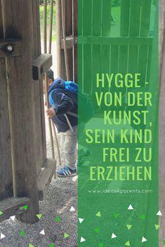 Die dänischen Kinder - und auch die Erwachsenen - sollen die glücklichsten auf der Welt sein. Aber wie kommt es dazu? Lest mehr auf unserem heutigen Blogpost! #ideas4parents #glück #freiheit #erziehung #hygge #führung #miteinanderreden