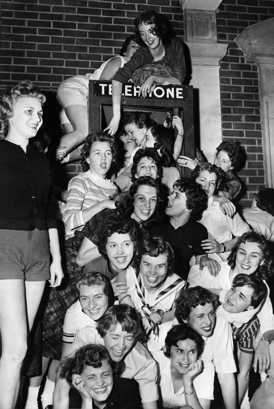 Phone Booth Cramming - Ladies-Only Edition. At Memphis State U in 1959, 26 Sigma Kappa ladies gave it the old college try by cramming into their own telephone booth.