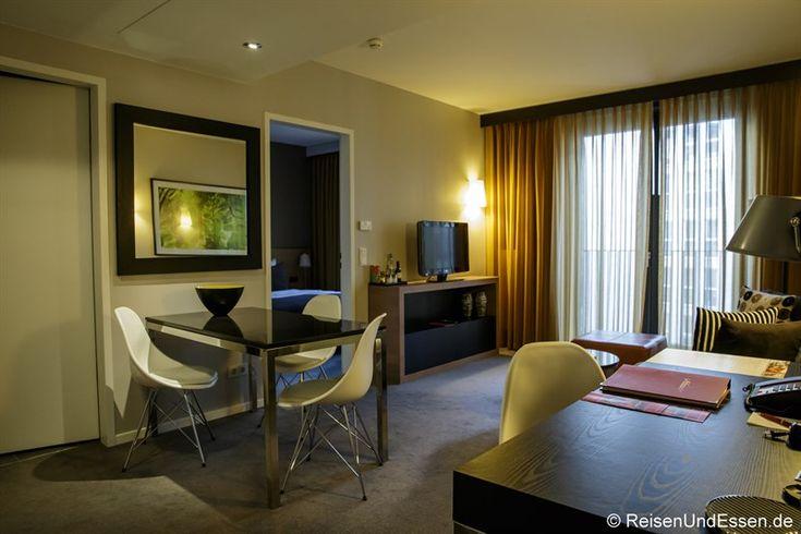 Für den Aufenthalt während der ITB 2015 hatten wir uns für das 4 Sterne Adina Apartment Hotel Berlin Hauptbahnhof entschieden. Bilder und eine Beurteilung.