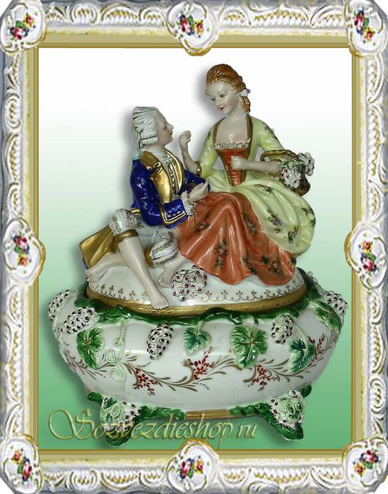 went searching for new stiletto. In this russian porcelain became unexpectedly close porcelain to France, where earlier, than in the other country of the Europe, began the manifestation new trend classicism: simplicity and naturalyty, clarity and strictness of the form, ornament emphasizes the form.
