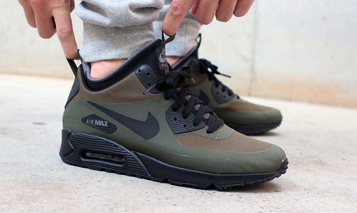 new style b3bd1 df3f0 Si te gusta el deporte y las zapatillas Nike mira qué chollo Nike Air Max  90 desde tan solo 65 euros