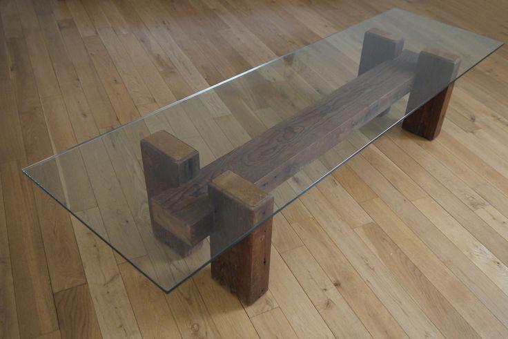 Madera recuperada y tabla de café de cristal. Mesa de centro