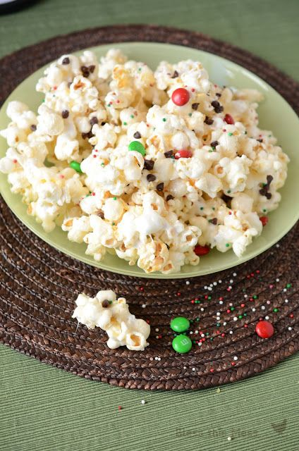 Gooey Marshmallow Christmas Popcorn with Chocolate - neighbor gift that's easy... done!