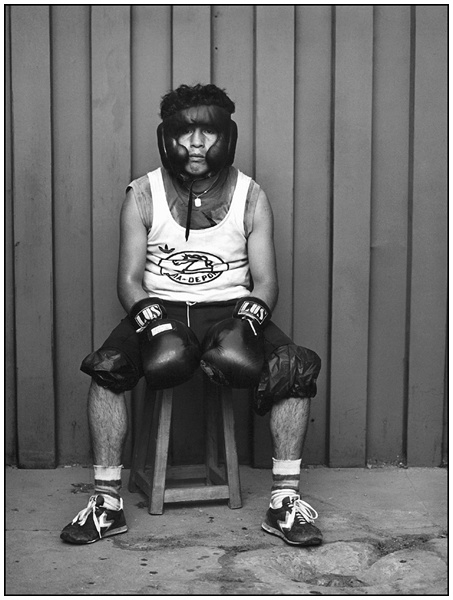 Paz Errázuriz. Boxeador.