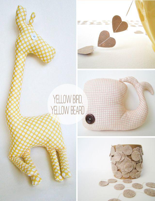 DIY blog: Stuffed Animals, Stuffed Toy, Heart Garland, Animal Pillows, Stuffed Giraffe