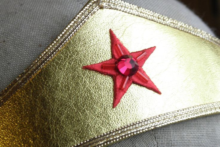 Sewing Cafe: Wonder Woman Tiara