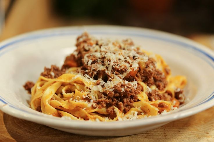 How+to+Make+Traditional+Spaghetti+Bolognese