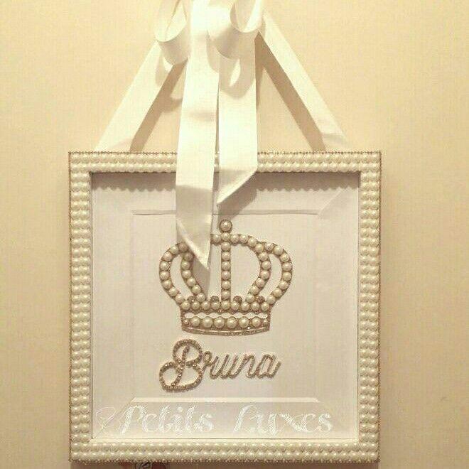 Quadro porta de maternidade da Bruna. Faço por encomenda! Nursery, scrapbooking, quadro, baby girl, princess, crown