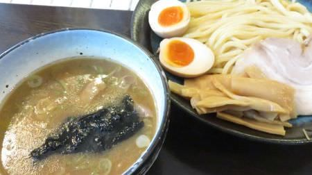 つけそば 麺彩房の特製つけそばは麺がウリ--まったり魚介系スープに浸すスタンダードなウマさ